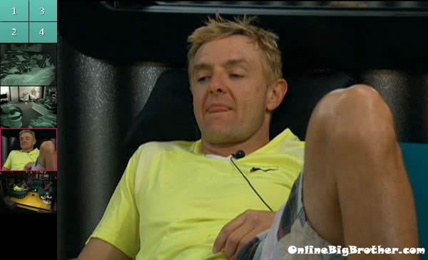 Big-Brother-14-live-feeds-august-1021am