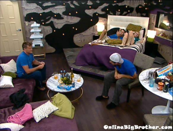 Big-Brother-14-live-feeds-august-17-102am