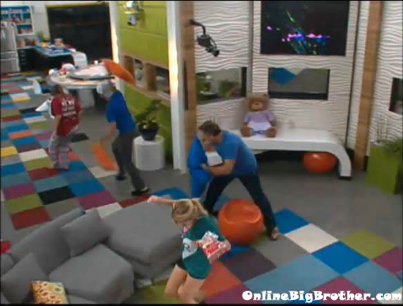 Big-Brother-14-live-feeds-august-17-1213am