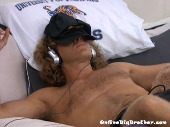 Big-Brother-14-live-feeds-august-23-340am