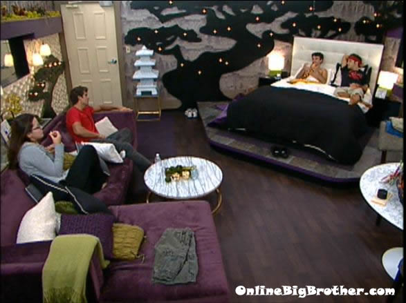 Big-Brother-14-live-feeds-august-31-212am