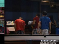 Big-Brother-14-live-feeds-september-10-2012-822pm
