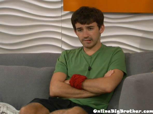 Big-Brother-14-live-feeds-september-13-2012-1230am