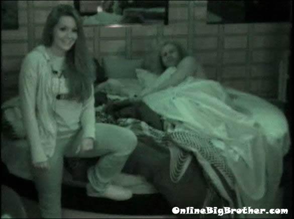 Big-Brother-14-live-feeds-september-2-118am