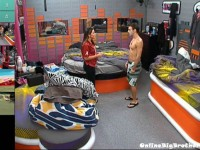 Big-Brother-14-live-feeds-september-7-2012-1157am