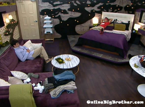Big-Brother-14-live-feeds-september-7-2012-135pm