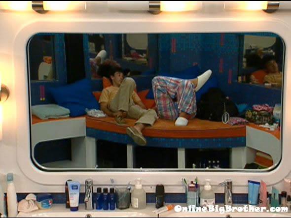 Big-brother-14-live-feeds-september-14-2012-1220am
