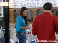 Big-brother-14-live-feeds-september-14-2012-950am