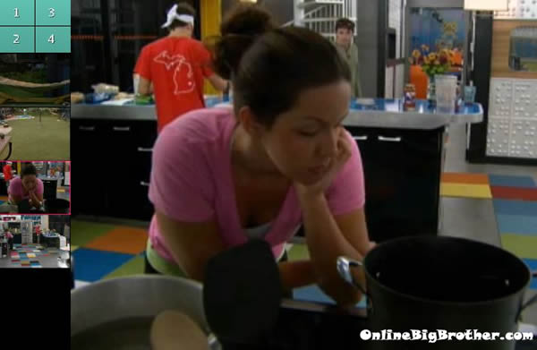 Big-brother-14-live-feeds-september-17-2012-704pm