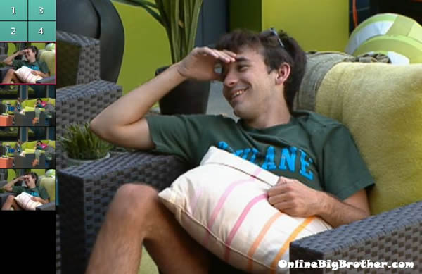 Big-brother-14-live-feeds-september-18-2012-443pm