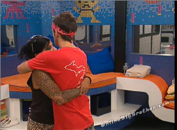 hugs2-BB14