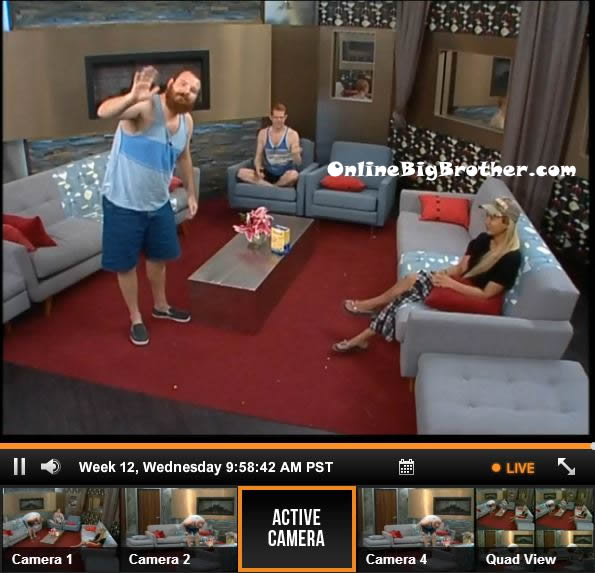 Big-Brother-15-live-feeds-september-18-2013-958am