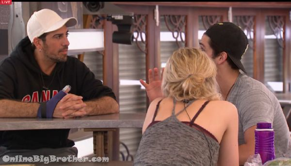Big-Brother-Canada-3 2015-05-06 20-20-34-717
