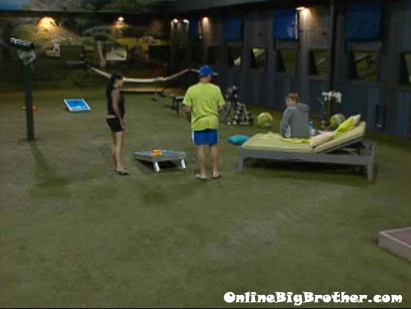 Big-Brother-14-live-feeds-july-25-2012-1235am