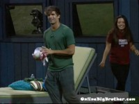 Big-Brother-14-live-feeds-september-2-1210am