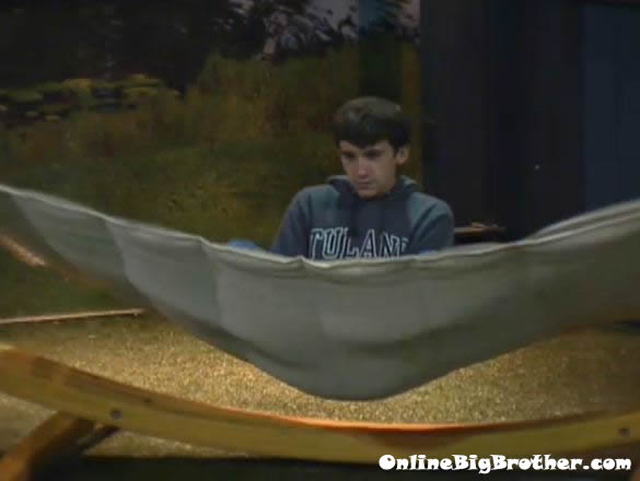 Big-brother-14-live-feeds-september-17-2012-234am