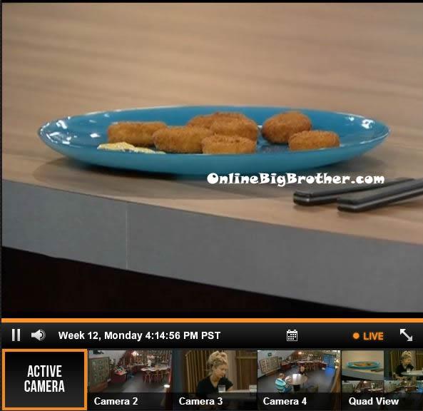 Big-Brother-15-live-feeds-september-16-2013-414pm