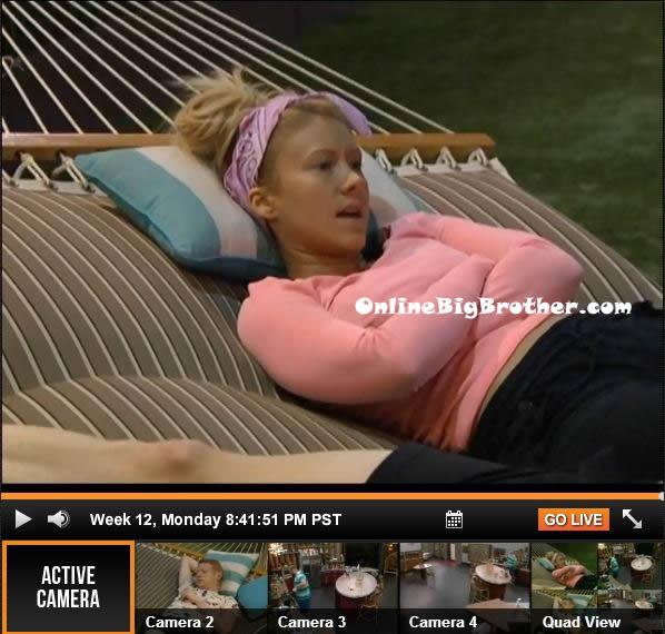 Big-Brother-15-live-feeds-september-16-2013-841pm