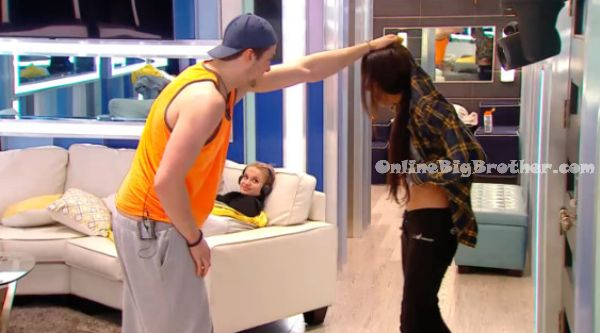 BBCAN2-2014-04-21 13-38-13-156