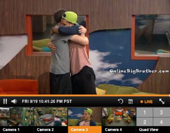 Big-Brother-16- 2014-09-19 22-42-09-768