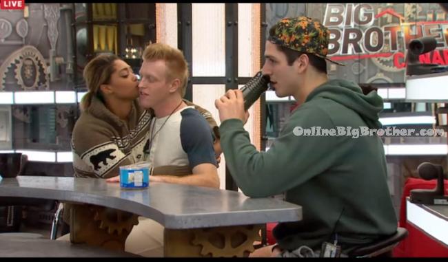 Big-Brother-Canada-3-2015-03-25 22-05-32-171