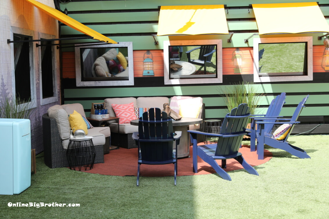 Big Brother 21 Couch